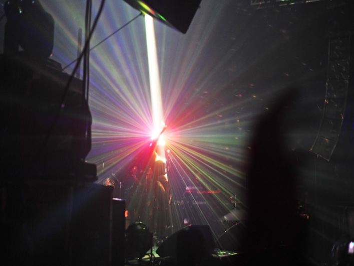 Grace Jones uses Lightwave International's laser effects to create a one of a kind visual for her stage performance.