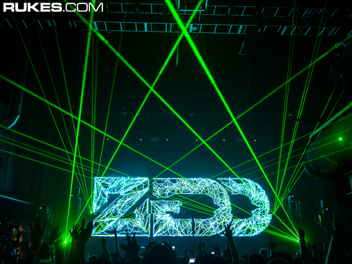 DJ Zedd tours with Lightwave International lasers.